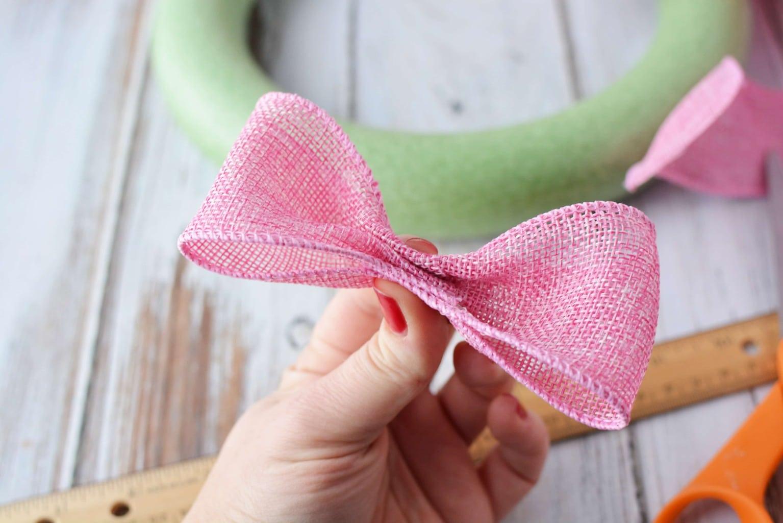 ValentiValentine's Day Wreath, DIY Homemade Wreath, DIY Valentine's Day Wreath, Valentine's Day Crafts