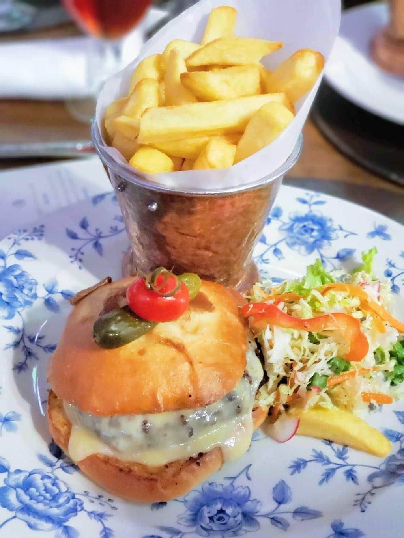 Burger 'R' Way at Raglan Road Irish Pub