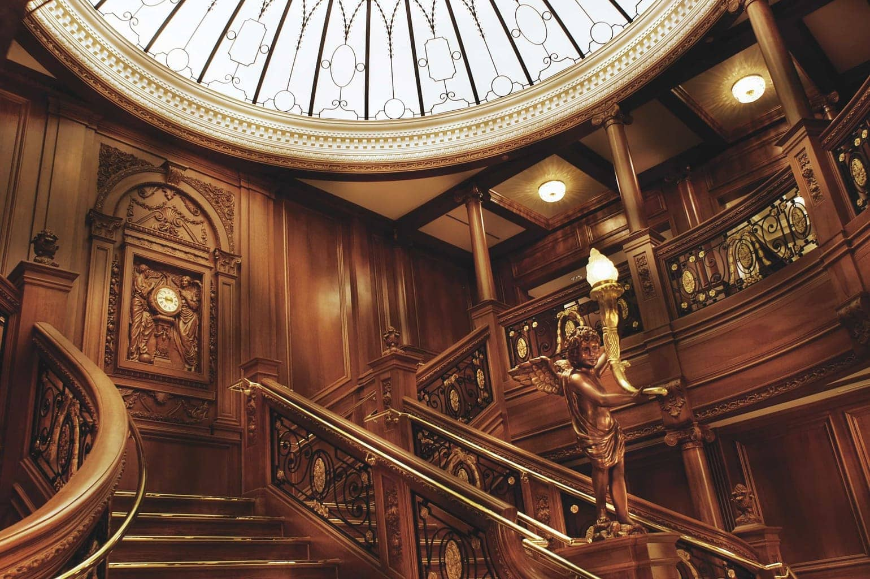titanic museum, Branson titanic museum, titanic museum in Branson, staircase of the titanic museum