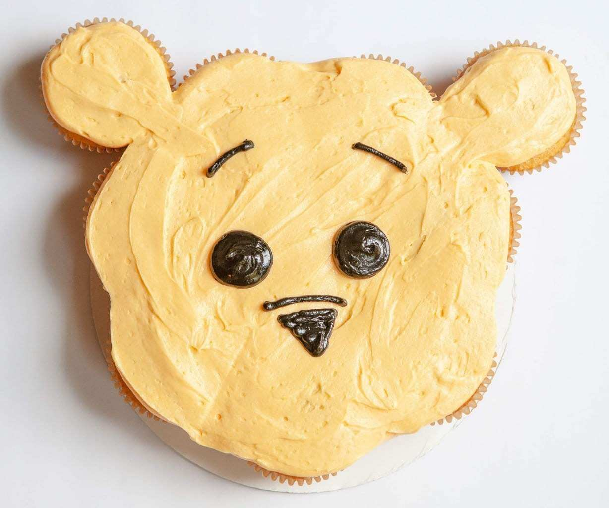 Winnie the Pooh Pull Apart Cupcakes, Winnie the Pooh cupcakes, Christopher Robin inspired recipe, Pooh Cupcakes