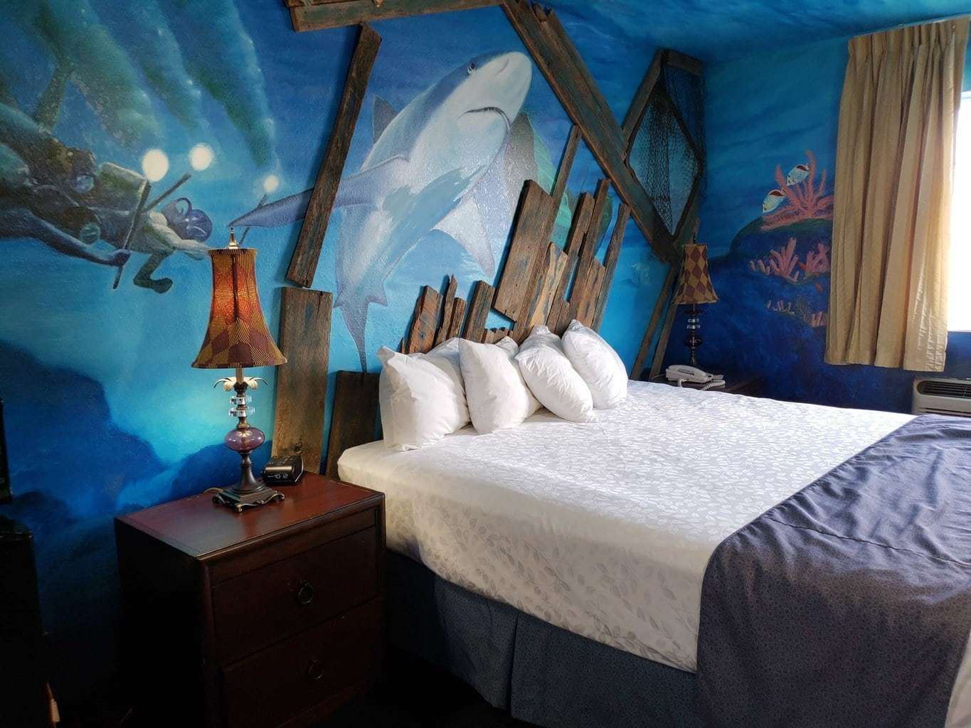 2000 leagues under the sea at stone castle hotel