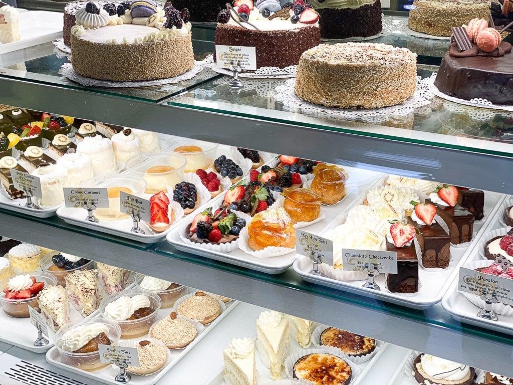 Au Peche Mignon French Pastry Shop
