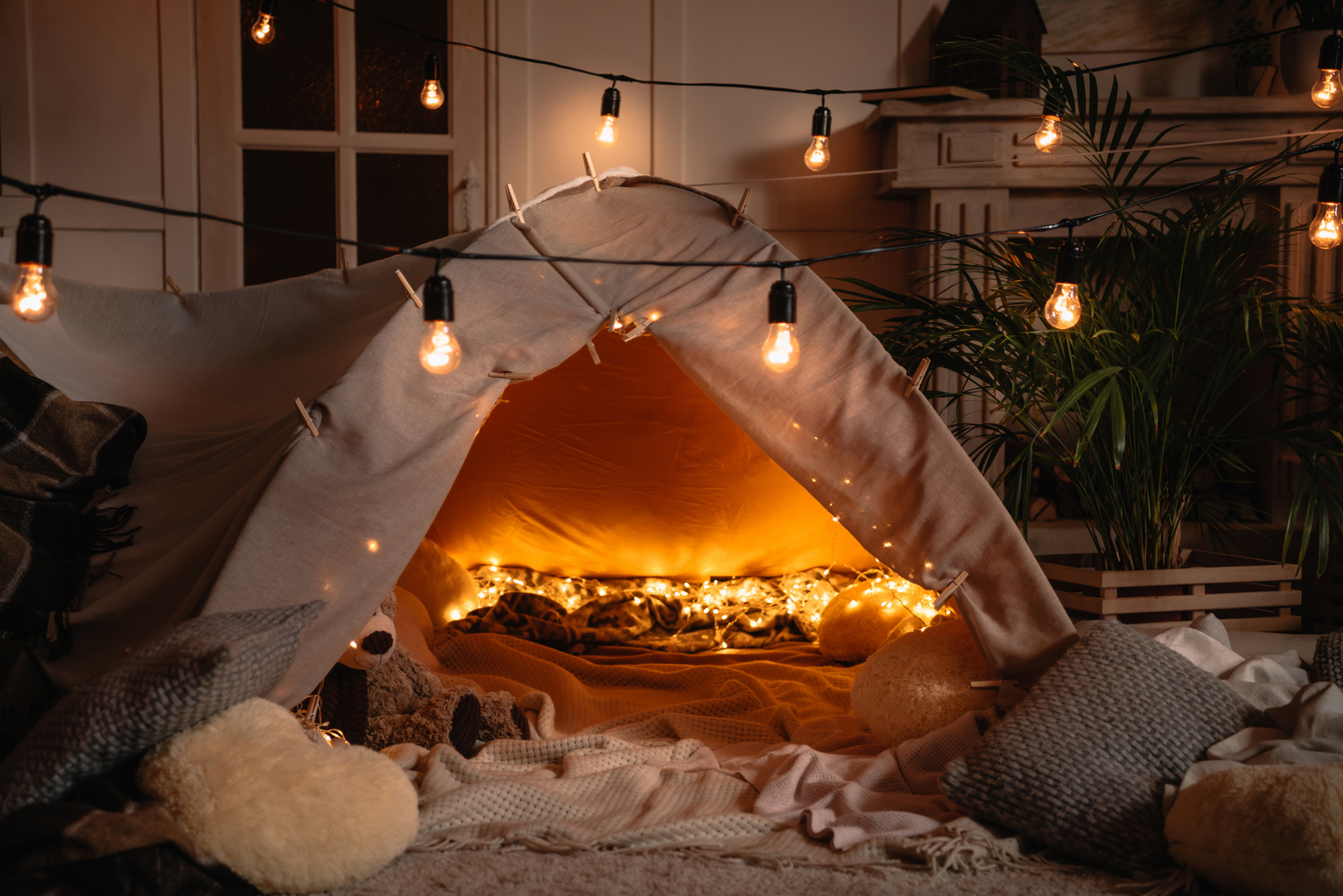 Indoor Activities For Kids, Build a Tent