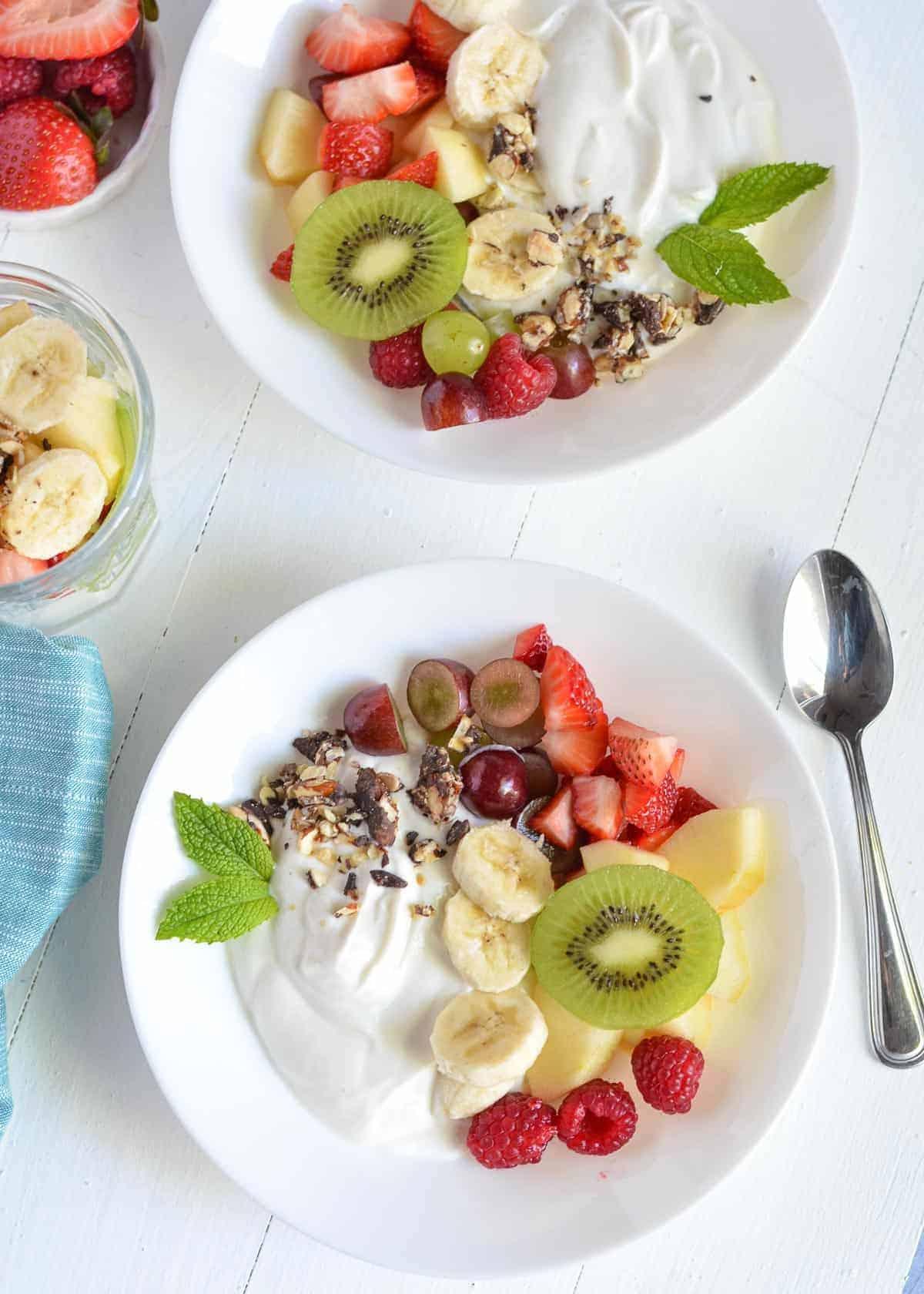 Healthy Greek Yogurt Fruit Salad