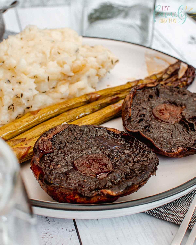 Portobello steak and mashed potatoes